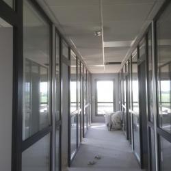 Avant - couloir vers les bureaux