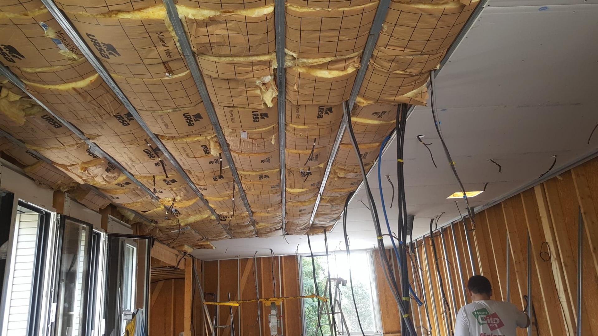 Agrandissement avec salle de musique - isolation et aménagement intérieurs