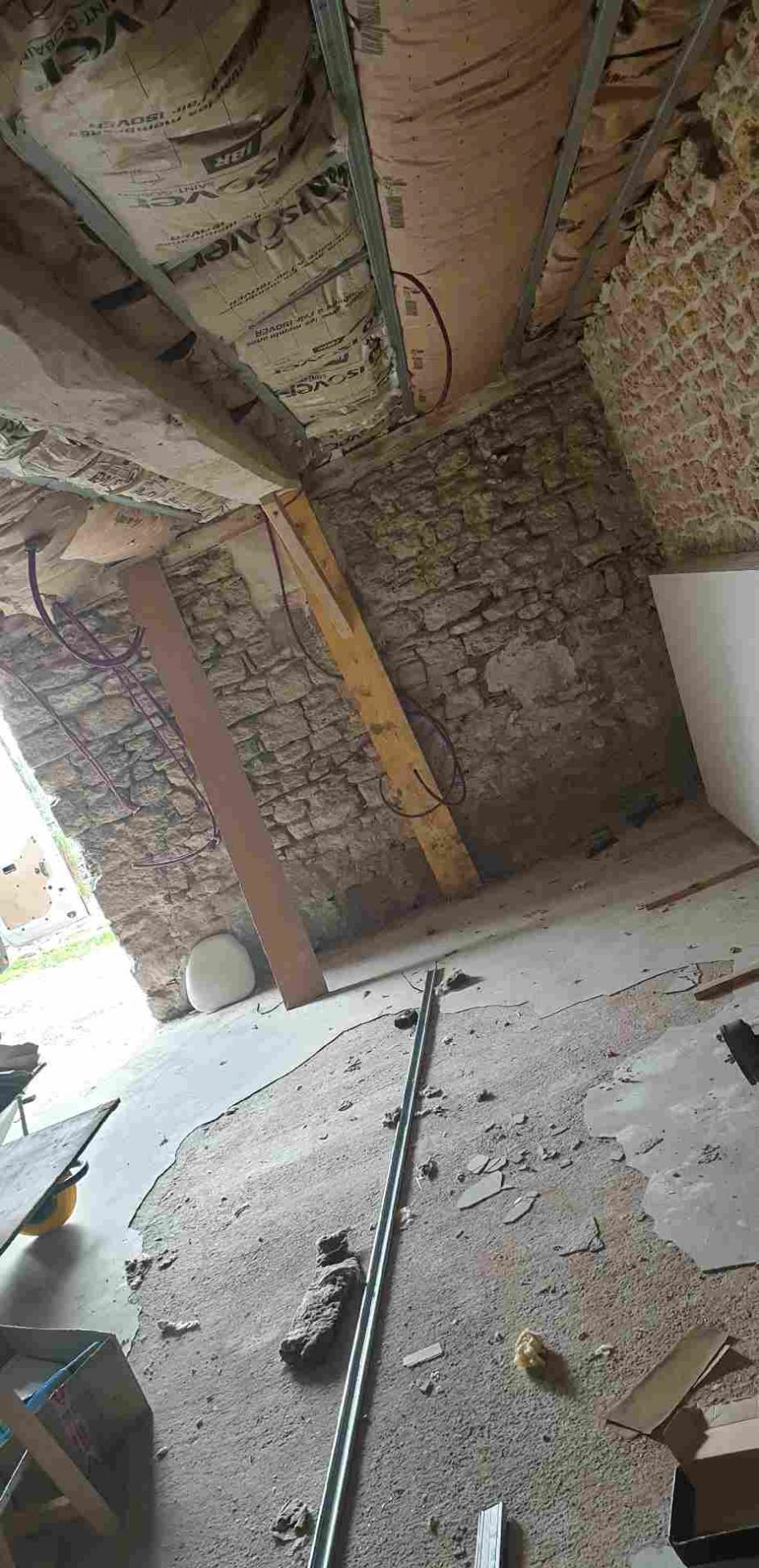 Pose de placo et isolation d'une ancienne grange