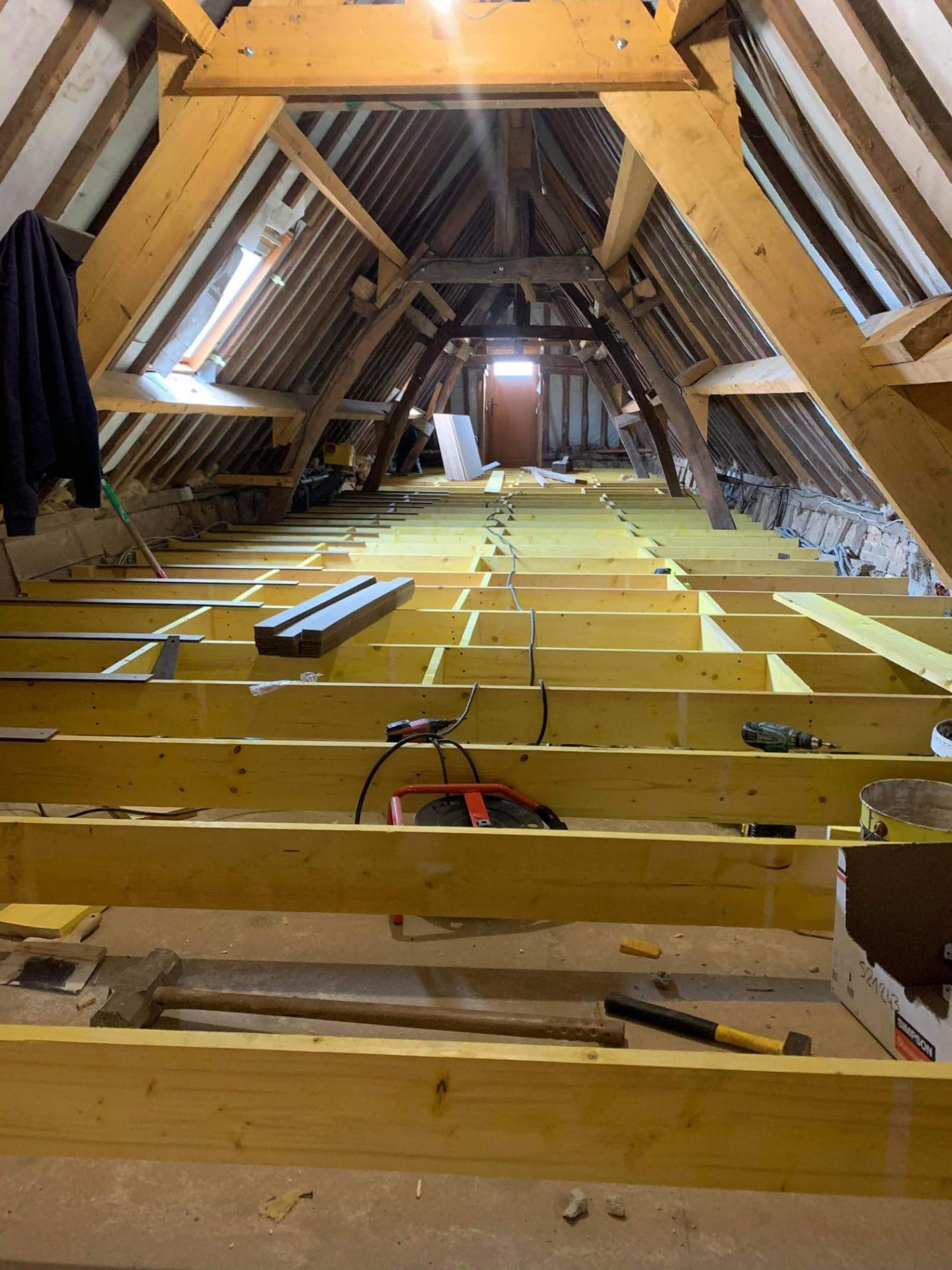 Solivage pose plancher bois - Plaquistes Seine-Maritime